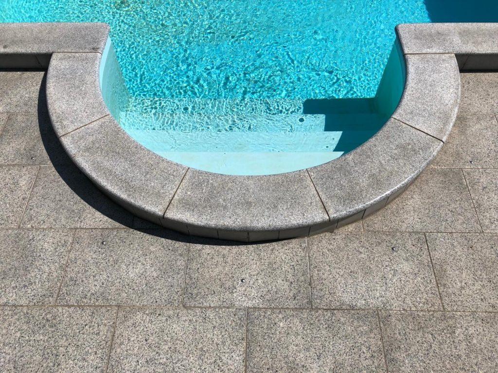 Poolumrandung Granit